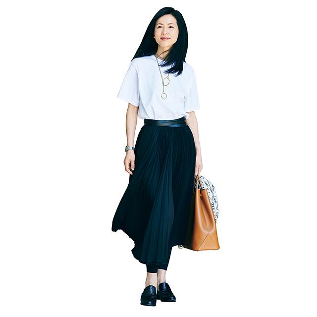 ロング丈で大人らしい上品な印象に!「Tシャツ×スカート」 五選_1_1-1
