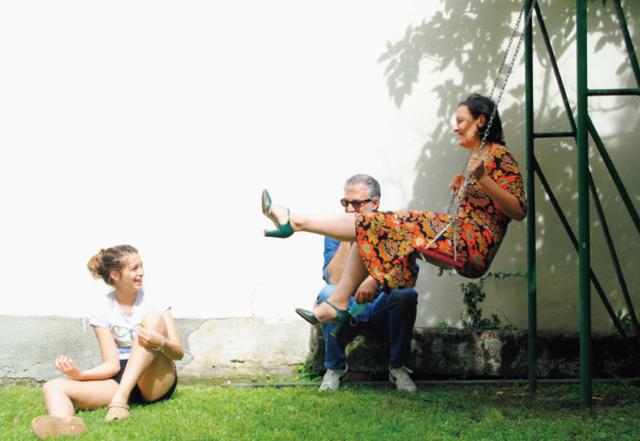 ❷「特別なことは何もせず、ただ家族みんなと屋外で過ごす心地よさに身をゆだねました」 とローザさん