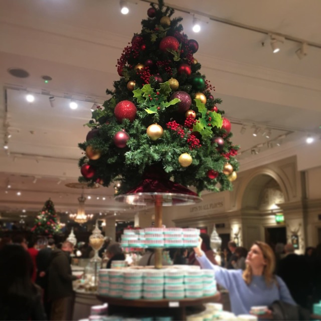 Fortnum and Mason  ( F&M ) @London_1_2