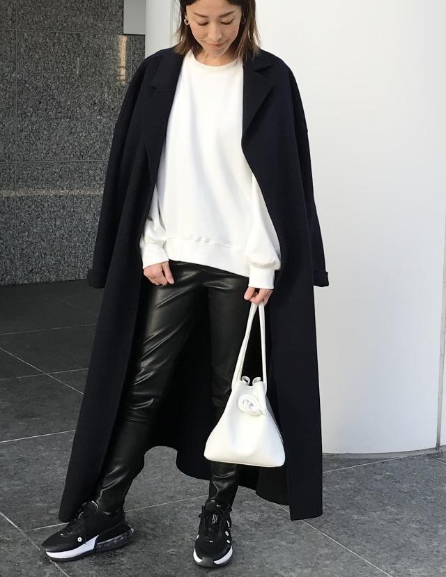 【エコレザー】のスカート&パンツで、冬コーデの鮮度がアップ! 40代ファッションまとめ_1_17