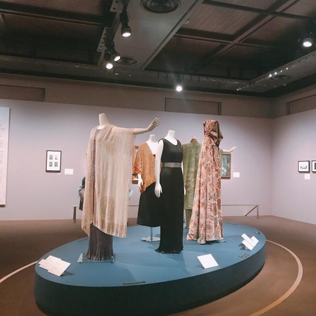 マリアノ・フォルチュニが織りなすデザイン展へ。_1_3
