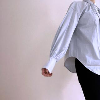 #Newansのシャツの袖デザイン