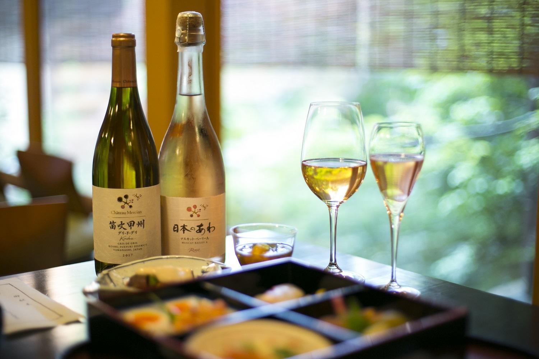 素晴らしい日本庭園を眺めながら、日本ワインを味わう……シャトー・メルシャン『Tasting Nippon』イベントレポート【飲むんだったら、イケてるワインWEB特別篇】_1_3