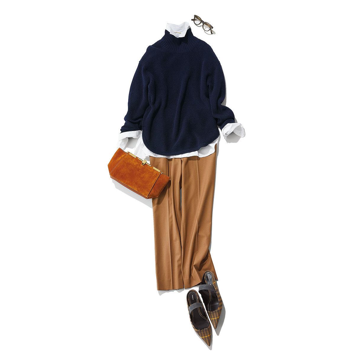 セオリーリュクスのネイビーニット×シャツ×ブラウンパンツコーデ