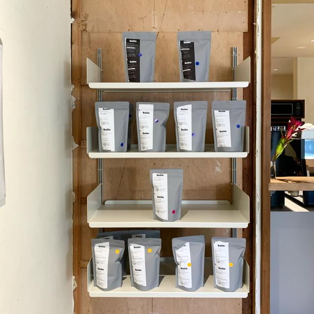 祐天寺のコーヒーショップsniite。スタイリッシュな空間とアットホームな雰囲気でオリジナルのコーヒーを楽しめます!_1_4