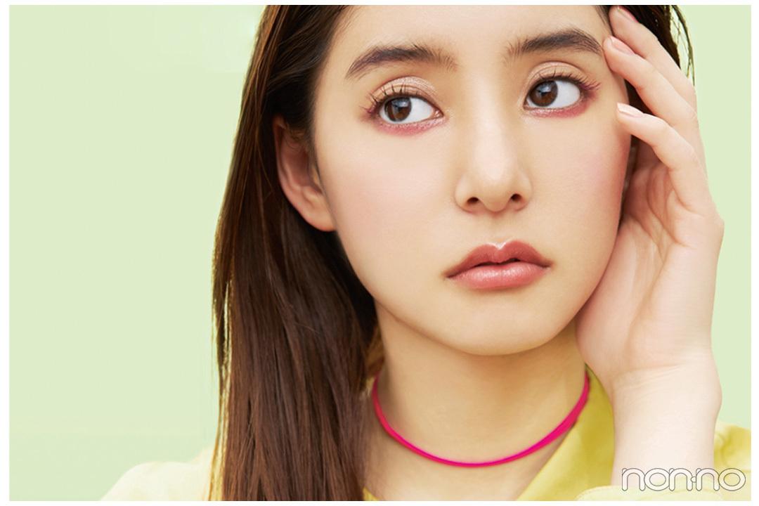 【新木優子】春までとはひと味違う、初夏モードのピンクに挑戦! 冒険心をくすぐる大人のネオンピンク♡