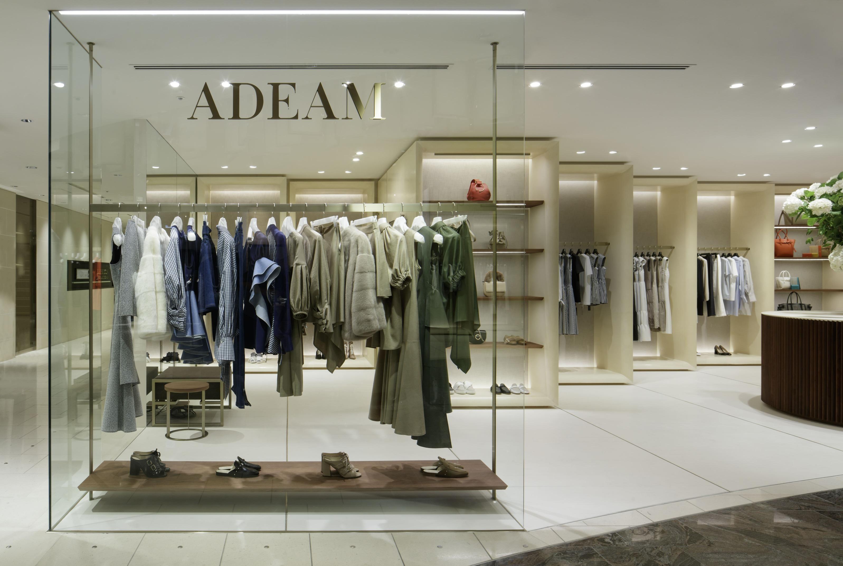 伊勢丹新宿店のFOXEY ADEAM ISETANでミックススタイルを楽しんで_1_5