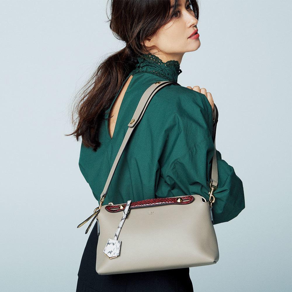 ファッション フェンディのバッグ