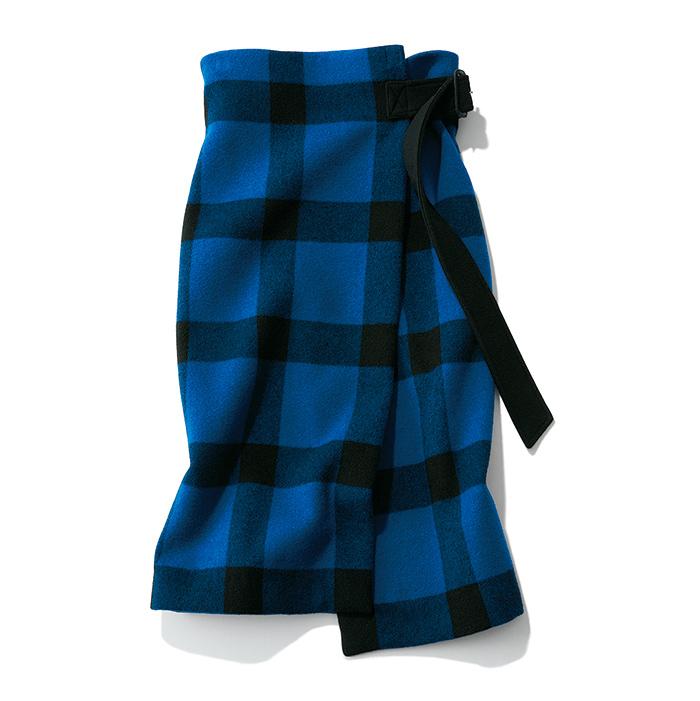 秋ファッションのトレンドはチェック柄スカート