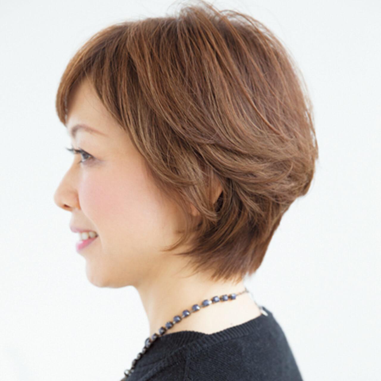 白髪があっても明るい色を楽しみたい!カラーリングとレイヤーで立体ショートに【40代のショートヘア】_1_2
