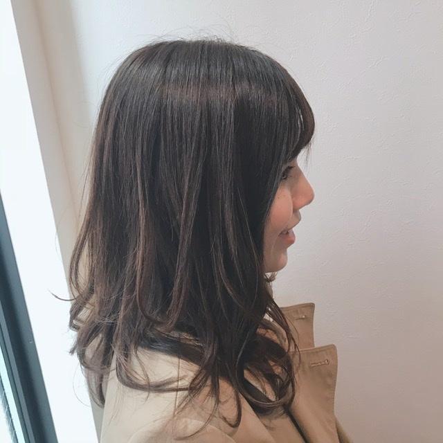 前髪カットで春らしく軽やかなヘアに♩_1_3-2