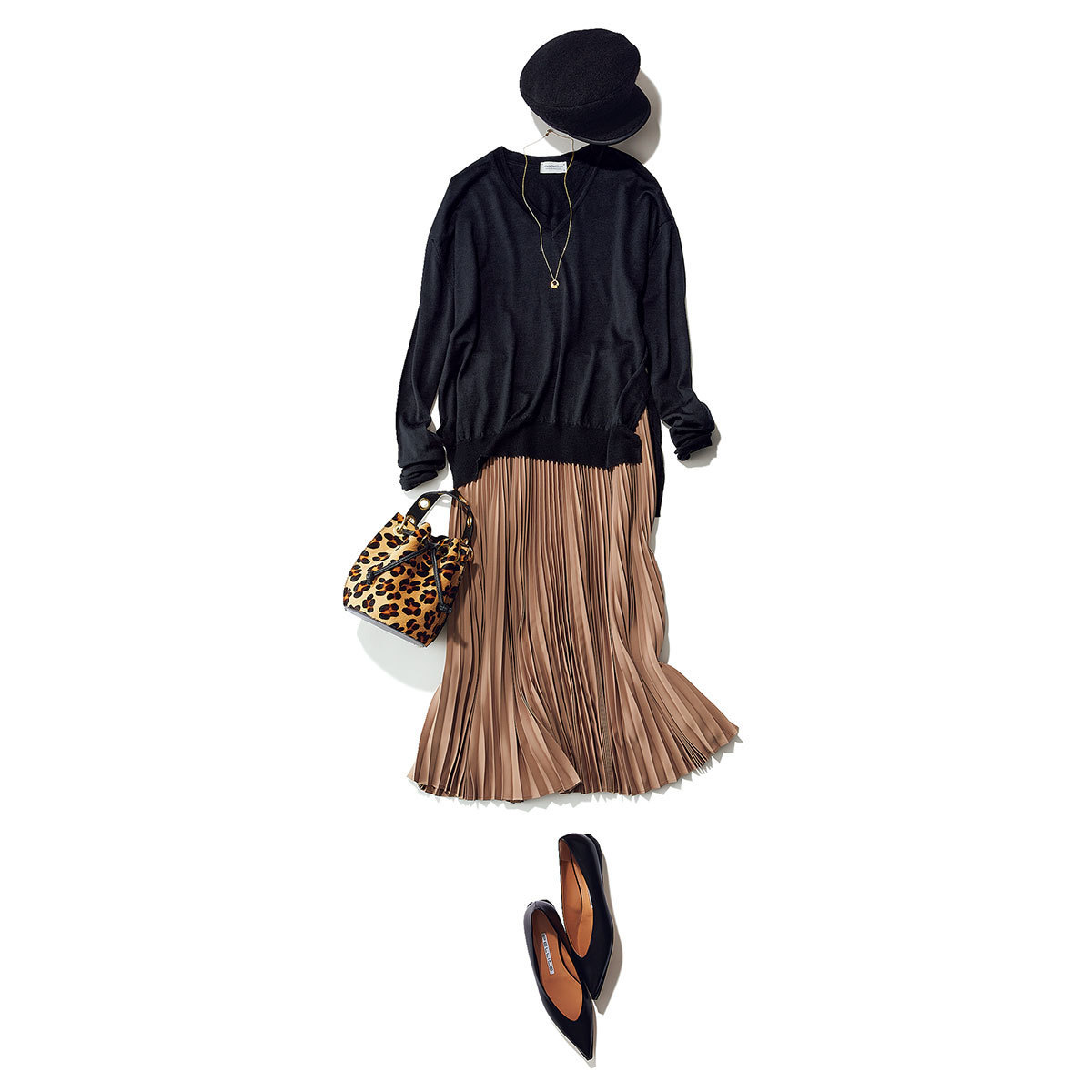 ■レオパード柄ハンドバッグ×黒ニット×プリーツスカートコーデ