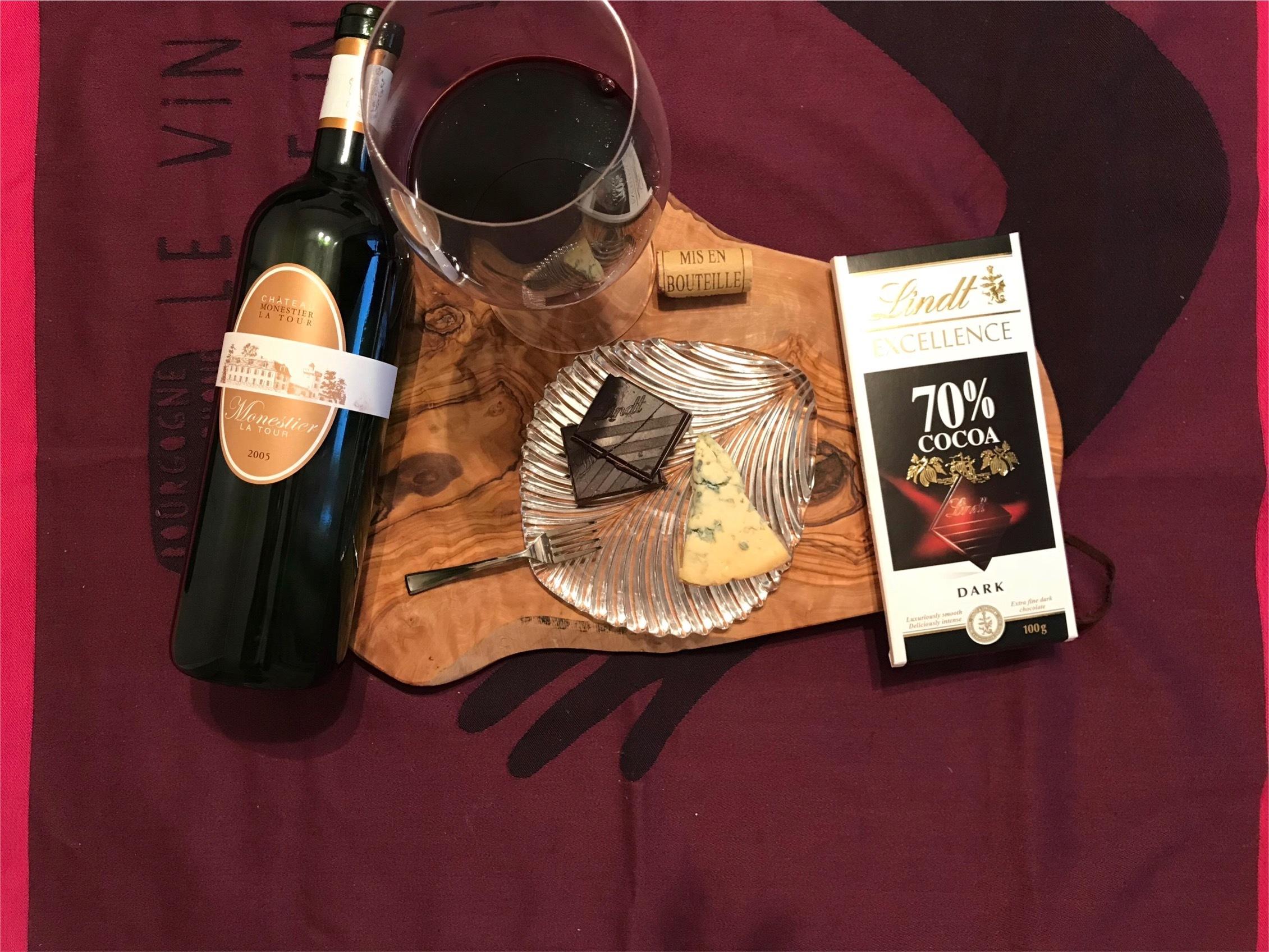 ワイン✖︎チョコ✖︎チーズのマリアージュも面白いですよ! 濃厚赤ワインとダークチョコ、ブルーチーズの組み合わせは大好きです!