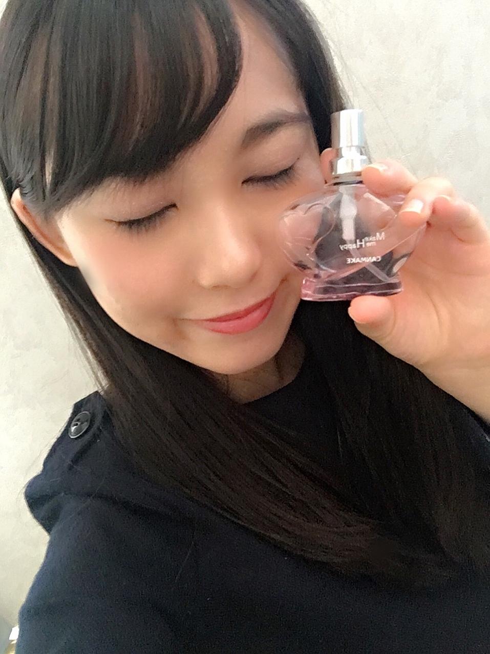 髪からふわっと漂う甘い香りもプチプラ♡canmakeの香水_1_1