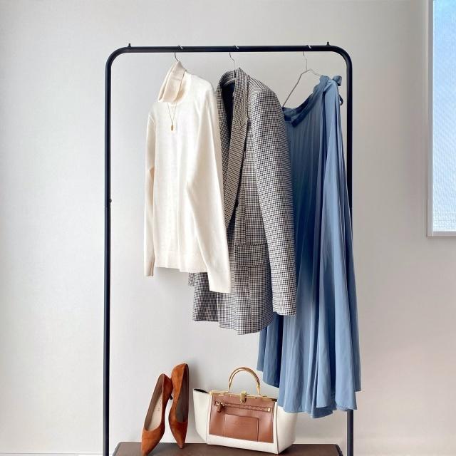 【マキシ丈スカートの女っぷりアイテムにハンサムジャケットをON】