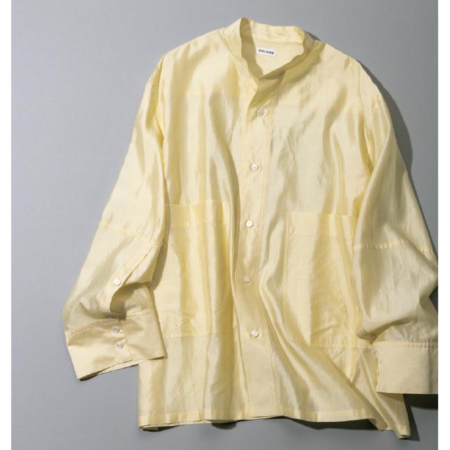 上質なシルクの洗練ベージュシャツ