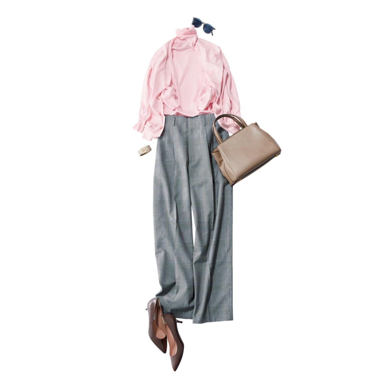 ピンクニット×デニムパンツのファッションコーデ