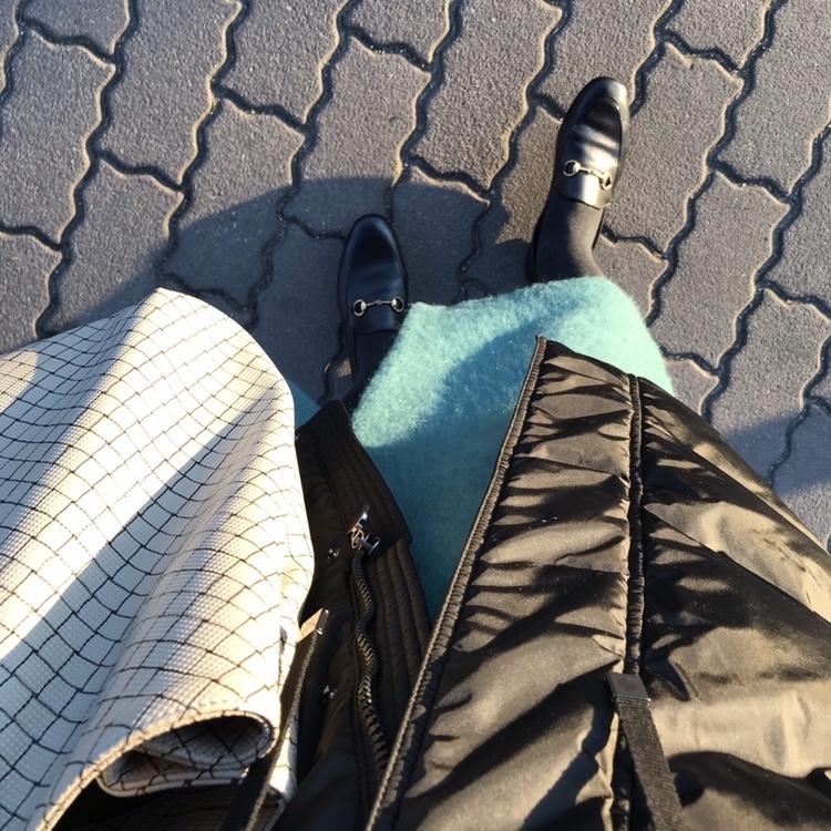 リアル通勤コーデ。吐息が白い火曜日はダウンコートの出番です!_1_2