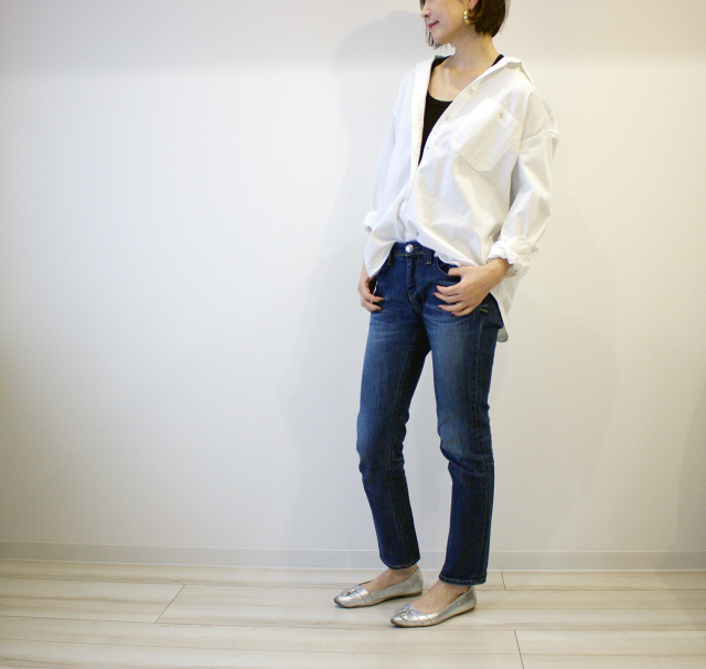 UNIQLOのデニムオーバーシャツで40代のエフォートレスコーデ_1_7