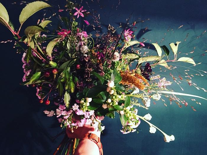 「farver(ファーヴァ)」で愉しむナチュラルな花材のマリアージュ