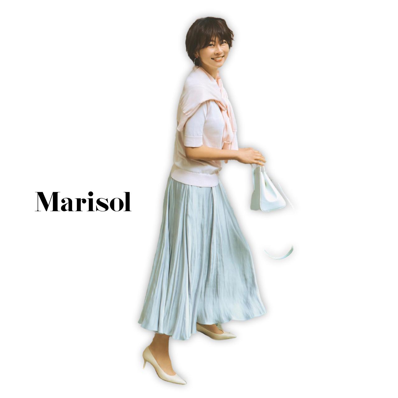 40代ファッション ピンクアンサンブルニット×プリーツスカートコーデ