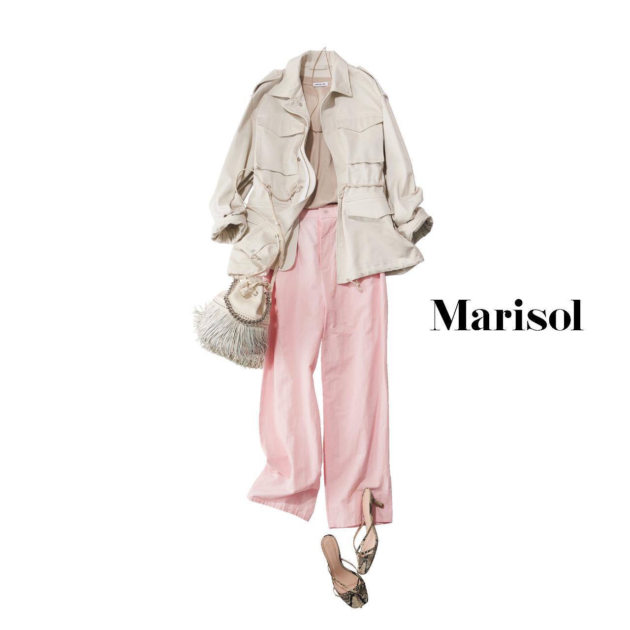 40代ファッション  サファリジャケット×Tシャツ×パンツ×サンダルコーデ