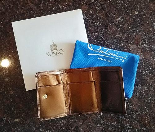 和光のロングセラー、極小三つ折財布で大人女子のたしなみ度をUP_1_3