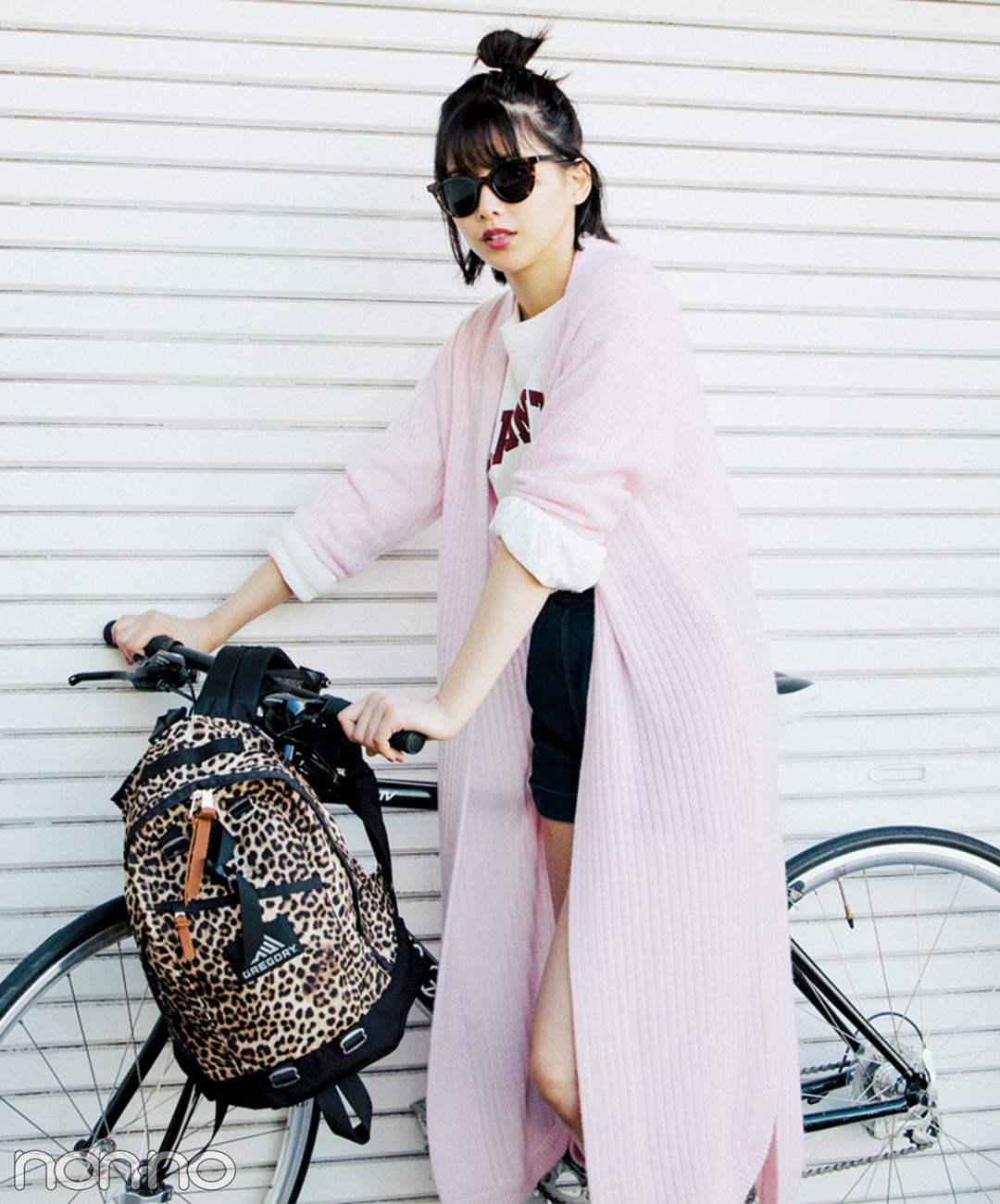 【春→夏ショートパンツコーデ】クールなブラックのショーパンには女子っぽカーデを合わせて中和★