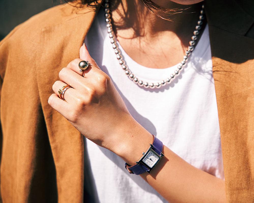 ネックレスと手元コーデ_2