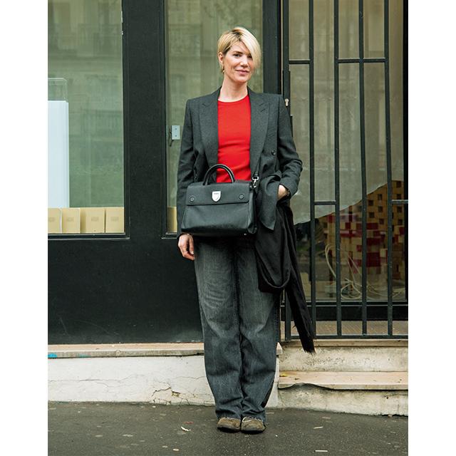 パリ&ミラノマダム 「バッグ」は重心高め&斜めがけで脚長効果
