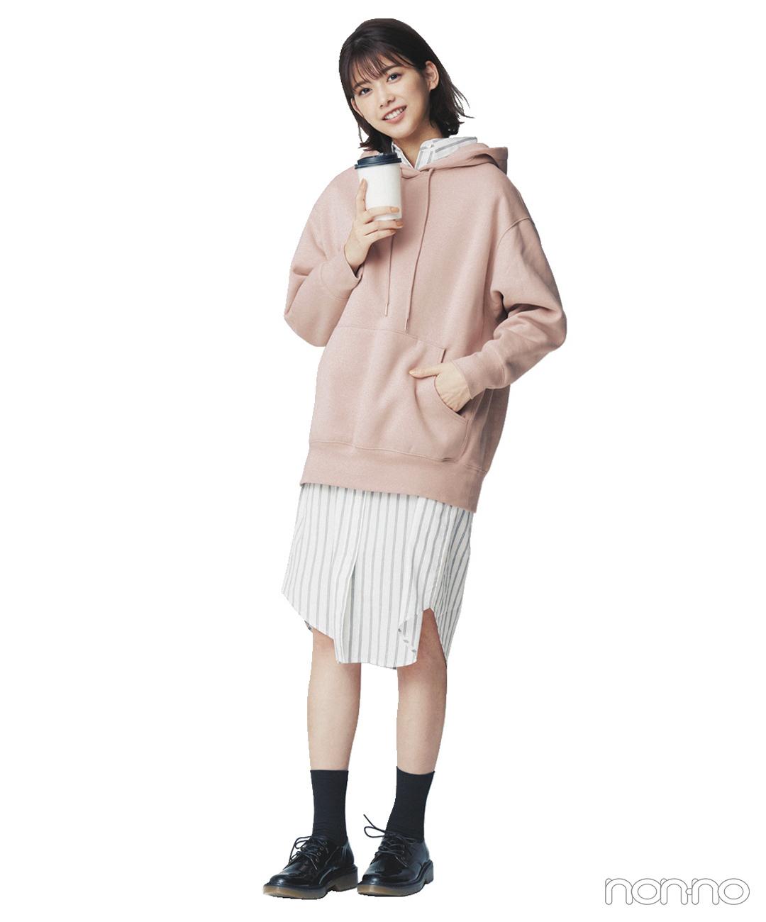 渡邉理佐はシャツワンピ+くすみピンクのフーディで甘めレイヤード【毎日コーデ】_1_1