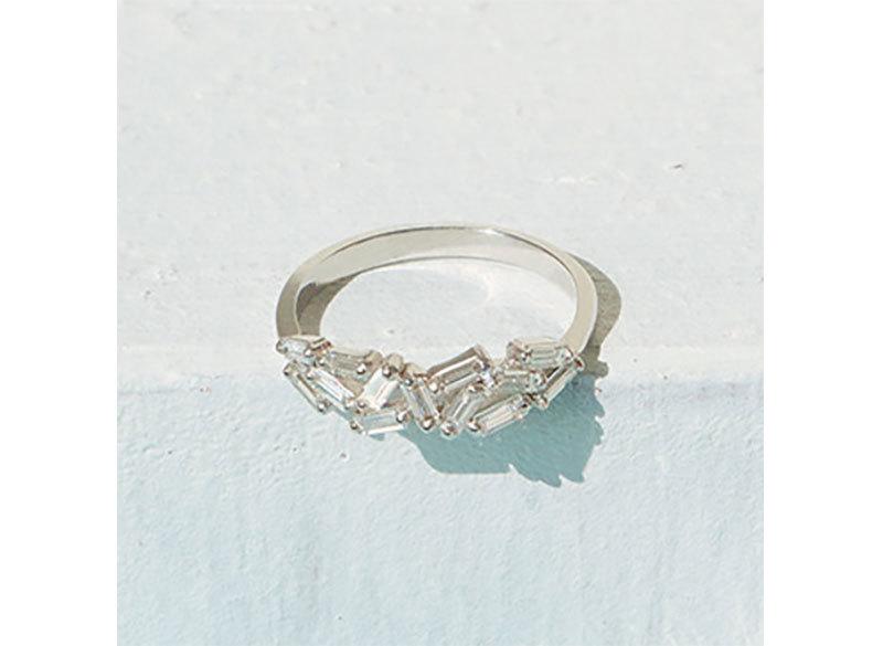 装いが軽やかになるこれからの季節に。デイリー使いの「ダイヤモンド リング」_1_2-1