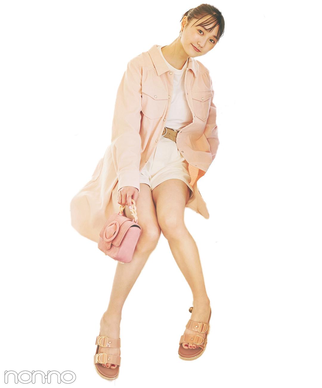 【春→夏ショートパンツコーデ】カジュアルコーデをぐっとフレッシュに魅せる色×白ショーパンで上品に