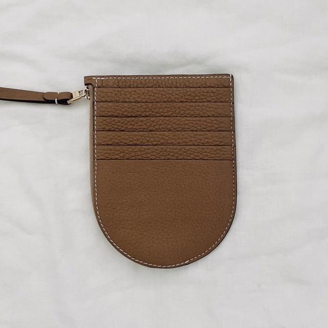 デルヴォーのカードケース型のお財布 フラグメントケース