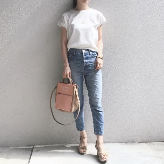白Tシャツとデニムで過ごす夏のベーシックスタイル_1_8