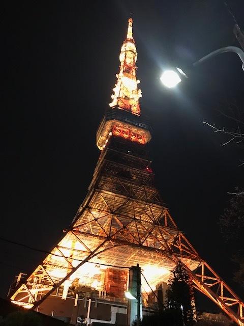 会場は東京タワーの袂