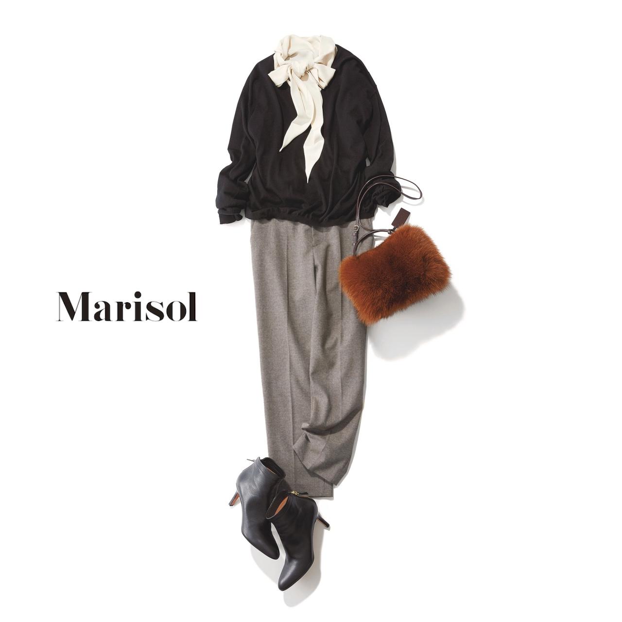 40代ファッション ボウタイブラウス×黒Vネックニット×グレーパンツコーデ