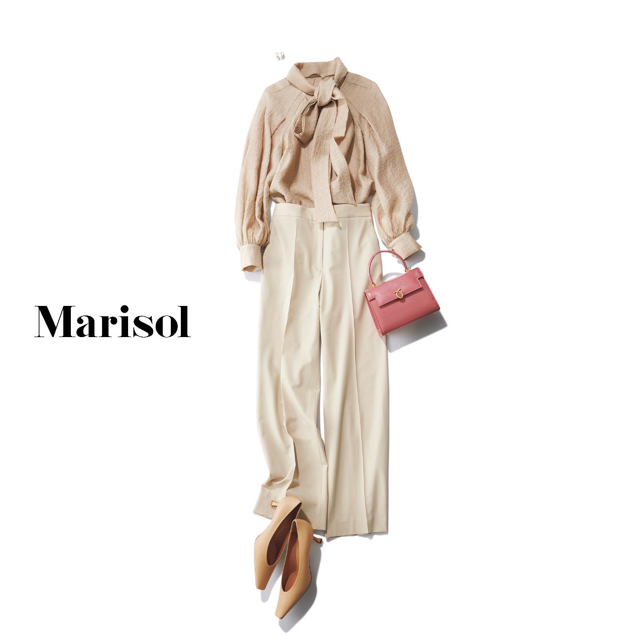 40代ファッション ベージュブラウス×ベージュパンツ コーデ
