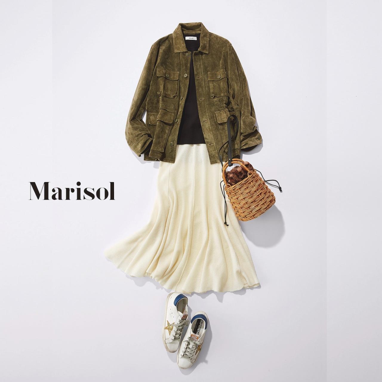 40代ファッション スエードフィールドジャケット×白フレアスカートコーデ