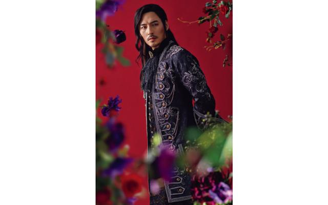 キム・ジュンヒョン 『マリー・アントワネット』('19)。国王夫妻失脚をもくろむオルレアン公役で悪の魅力を発揮した