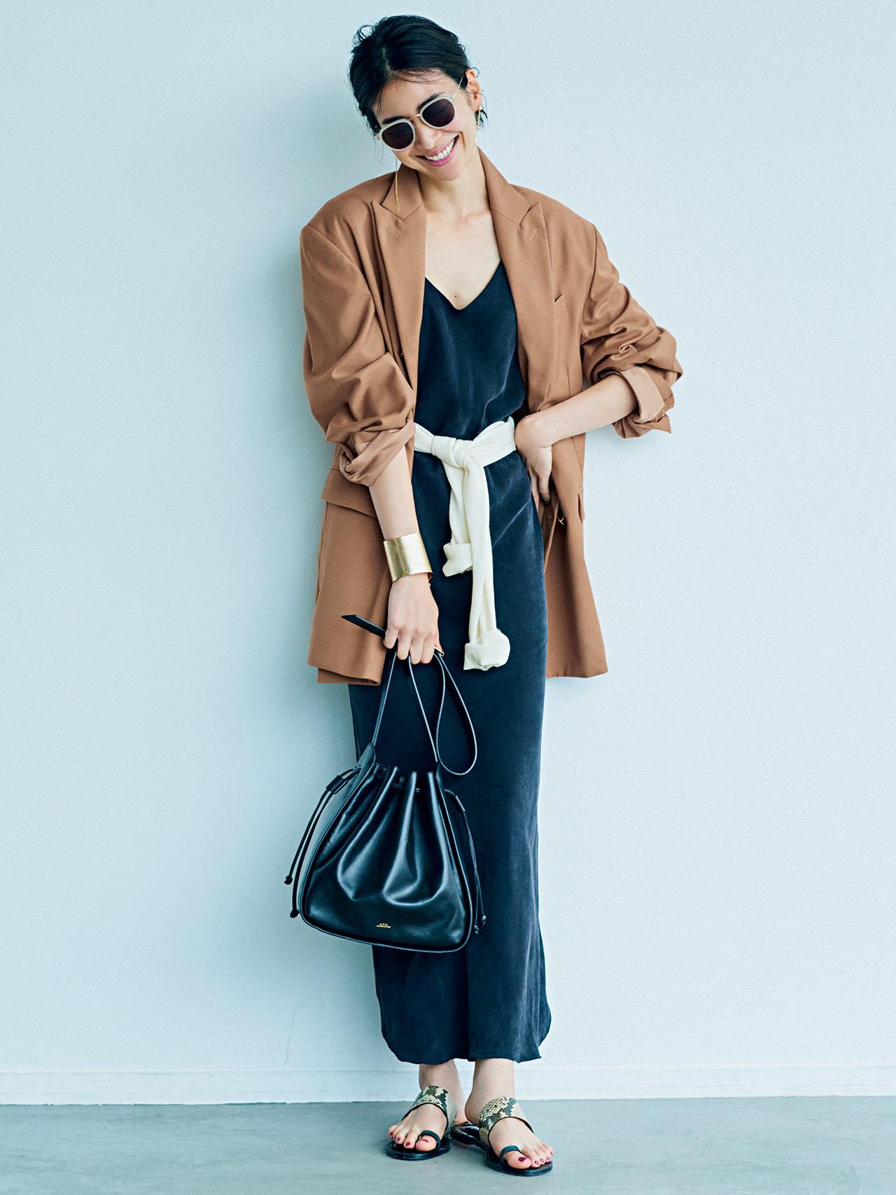 平均気温25度の初秋にベストな服装は? 季節の変わり目に着たいコーデ|40代ファッションまとめ_1_13