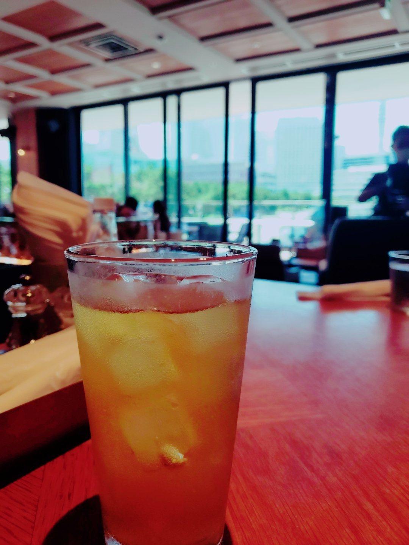 飲み物と景色