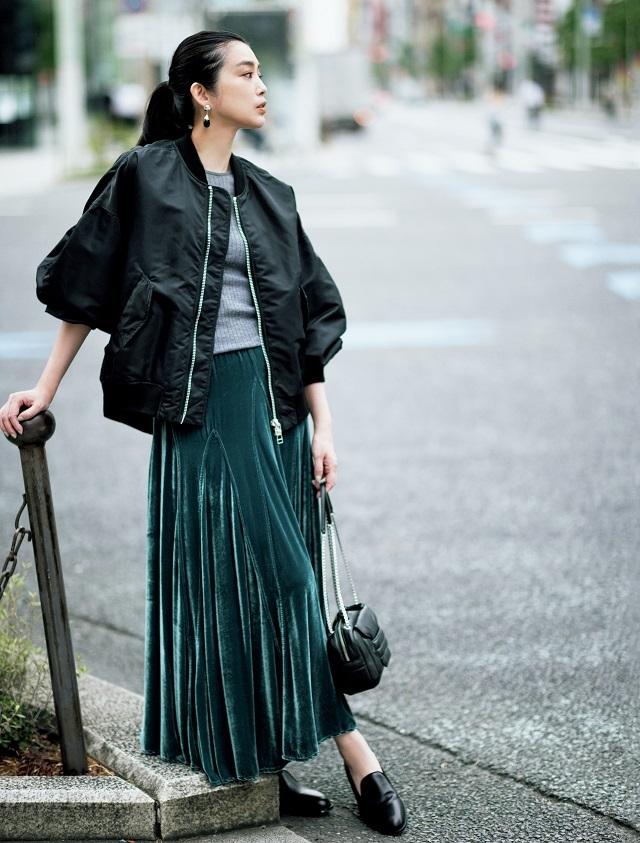 【ショートアウター×スカートの最旬コーデ5選】ロングスカート合わせで短・長のバランスが今どき_1_3