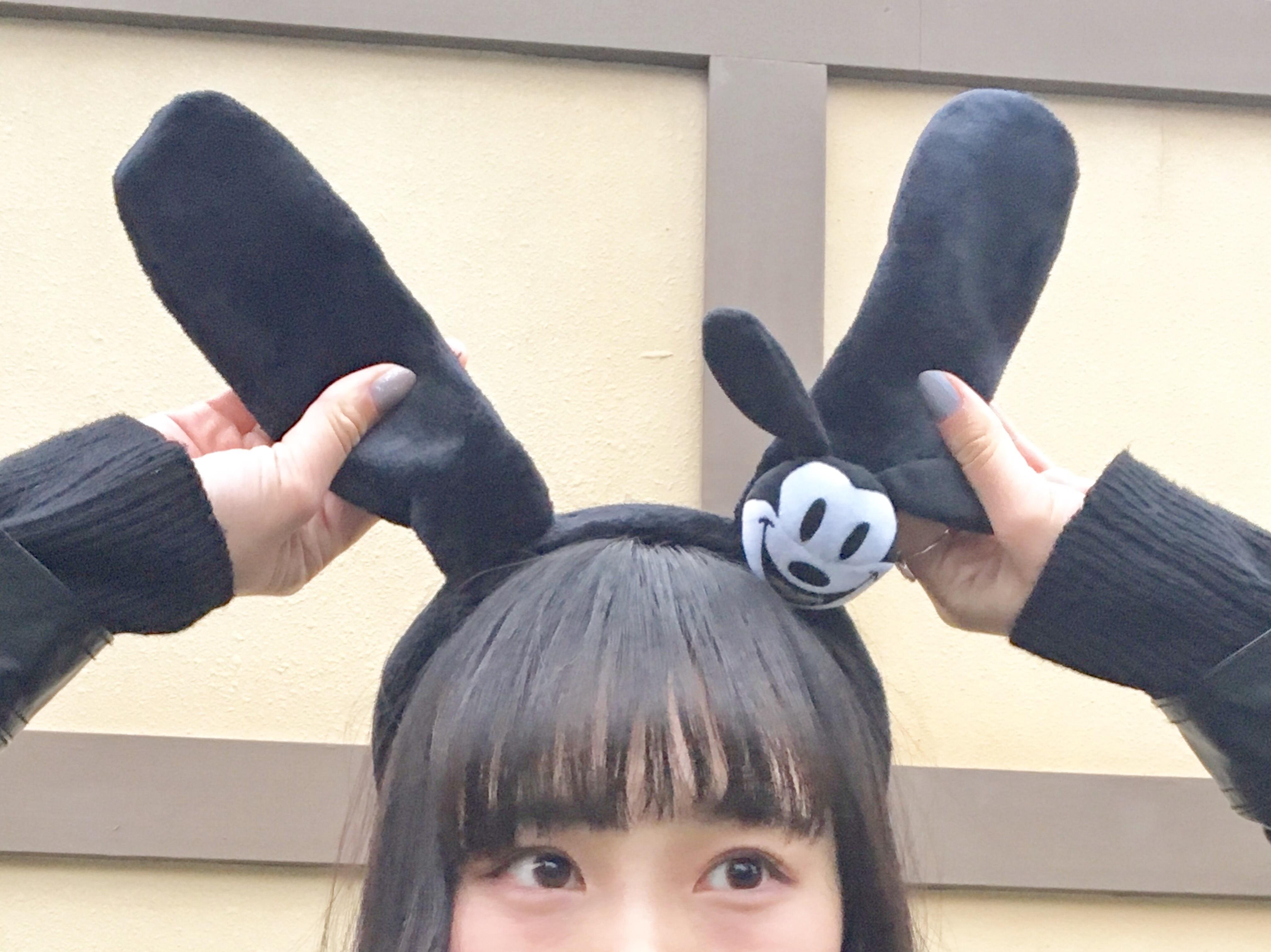 ディズニーの人気カチューシャ&モノクロコーデ紹介\\(