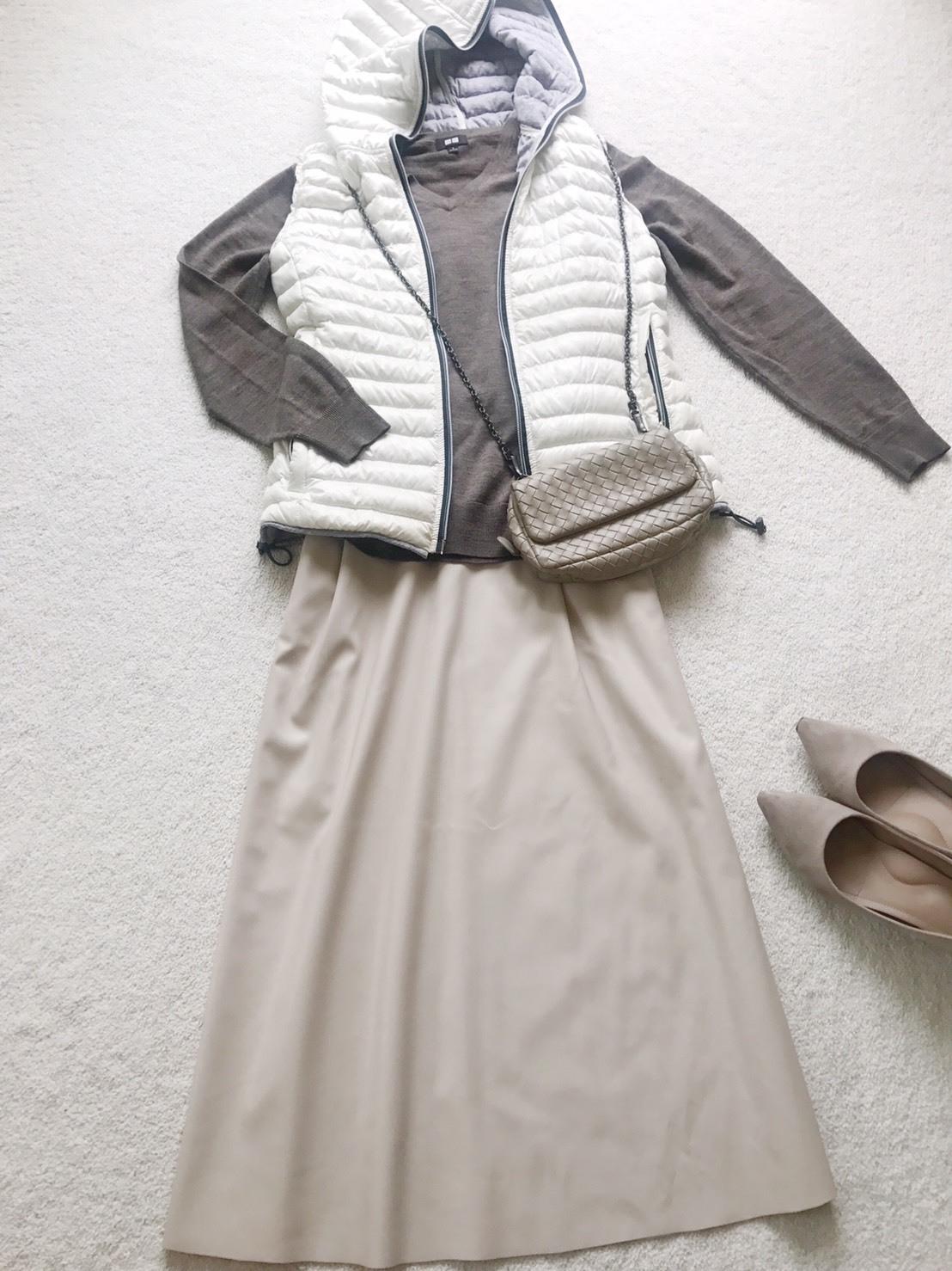 GUエコレザーのスカート
