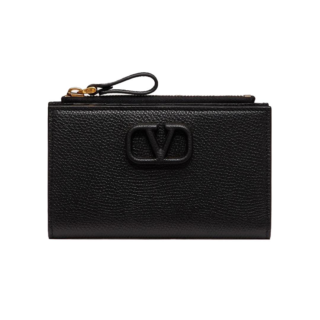 二つ折り財布「Vスリング」¥61600/ヴァレンティノインフォメーションデスク(ヴァレンティノ ガラヴァーニ)