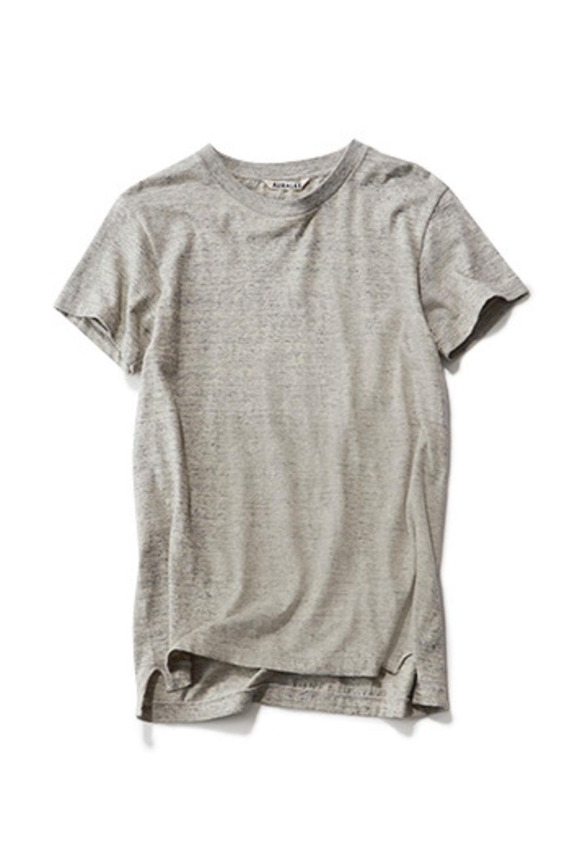 ファッション オーラリーのTシャツ