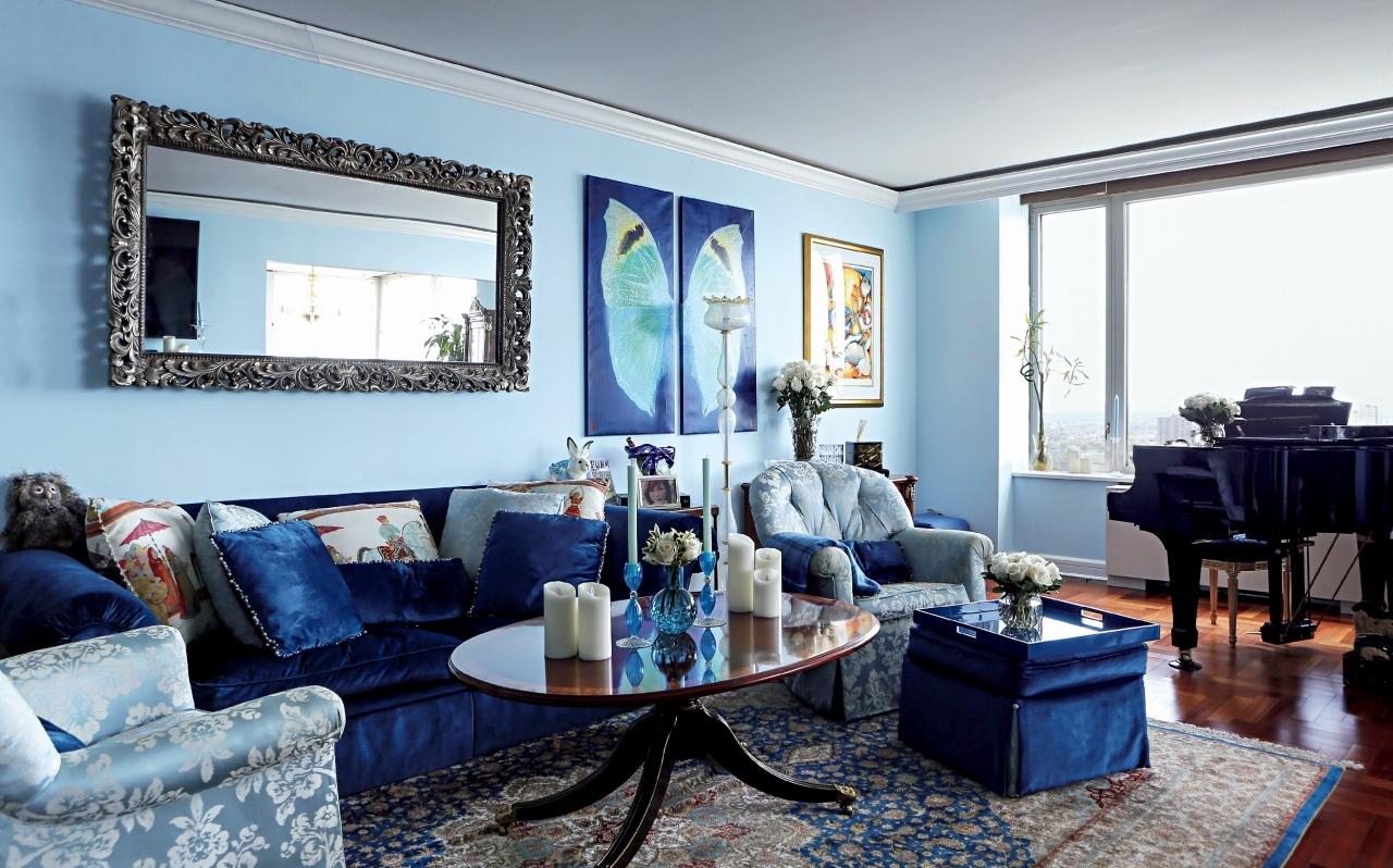 大好きなブルーと重厚で伝統的な家具との融合 和央ようかさんの人生最高に「好き」な家 五選 _1_1
