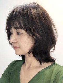 ボブヘア ソフトウルフ 梅雨 髪型 サイド