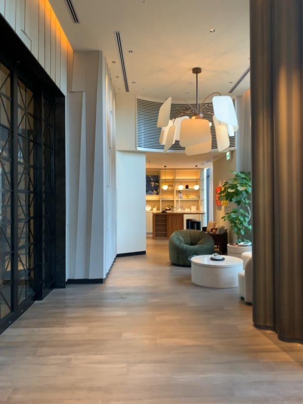 先月オープンしたキンプトン新宿に行ってきました。ブティックホテルのパイオニアといわれるサンフランシスコ発のホテルが日本初上陸。_1_2